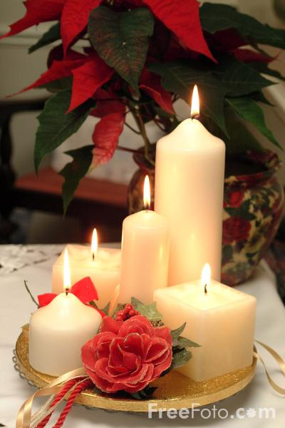 Blog. 90_18_74---Christmas-Candles_web