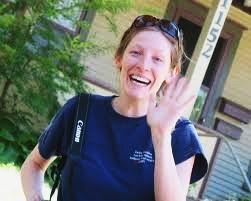 Blog. Mom waves goodbye. 11.11