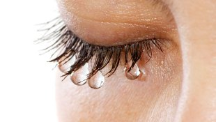 Blog. Woman crying. 7.12
