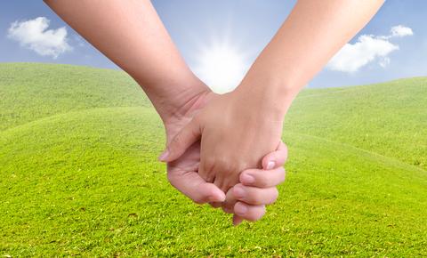 Blog. Man woman holding hands. 2.14