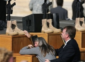 Blog. Ft. Hood mourners. 11.11.09
