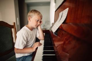 Blog. Boy at piano. 1.16