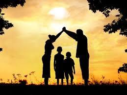 Blog. Family silhouette. 3.18