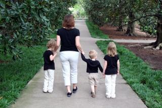 Blog. Mother. 3 kids. 5.18