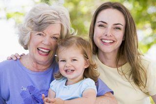 Blog. Mom. 3 generations. 5.16 (2017_08_21 00_15_50 UTC)